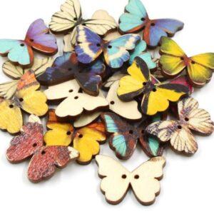 medinės sagutės drugeliai
