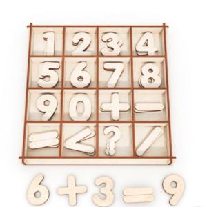 mediniai skaičiai dėžutėje